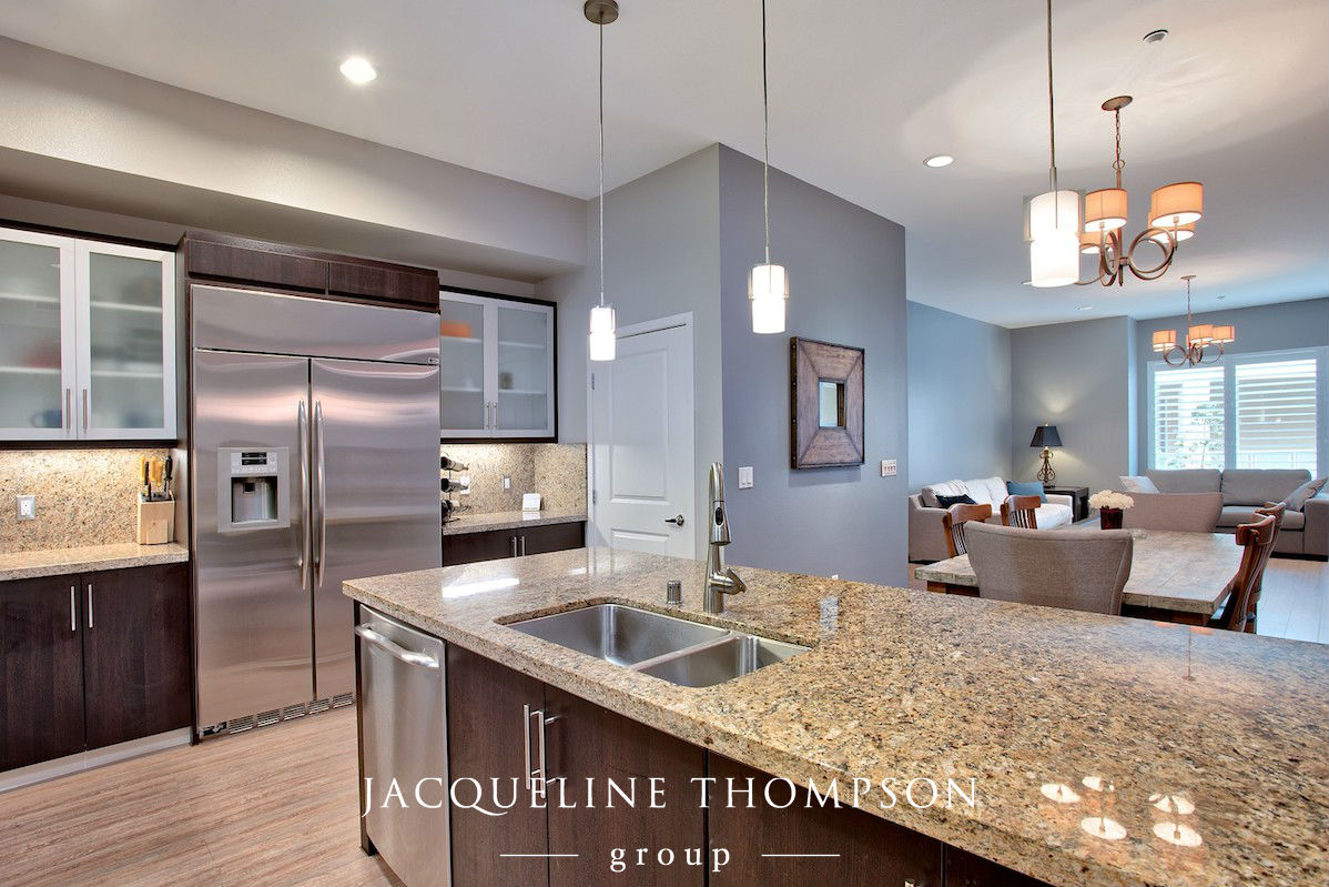 Irvine Condo Kitchen